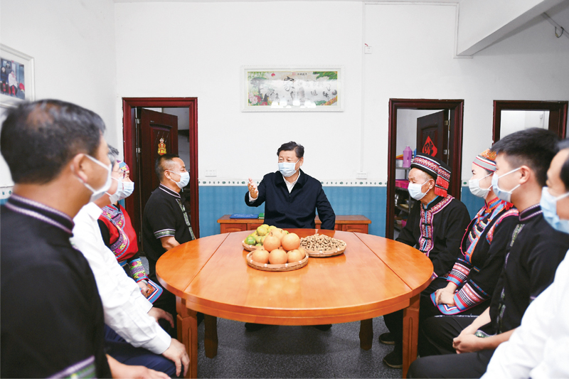 央视网记者:《求是》杂志发表习近平总书记重要文章 《国家中长期经济社会发展战略若干重大问题》